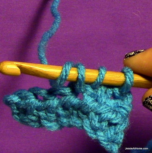 Stitchopedia-Crochet-Getting-Started-Half-Double-Crochet-Step-5