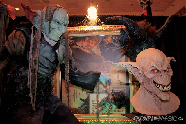 Mucklebones Halloween museum at Spooky Empire May-Hem 2014