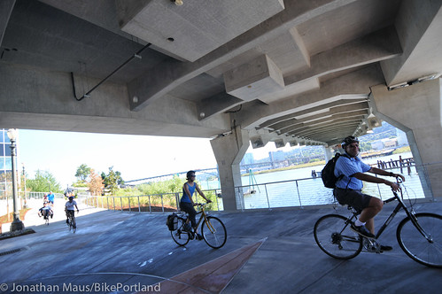New Eastbank path under Tilikum Bridge -6