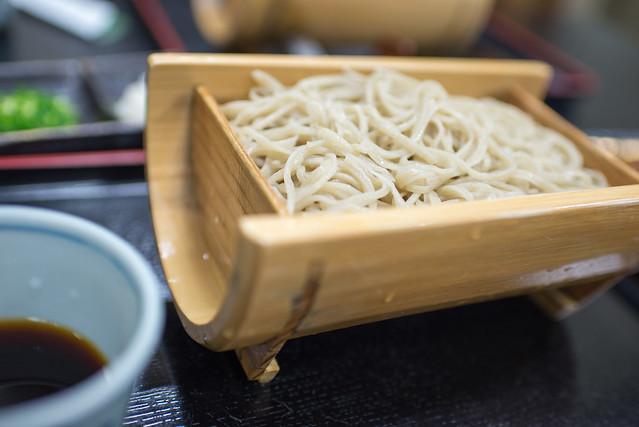 箱根の喜楽荘で手打ちそばを食べる