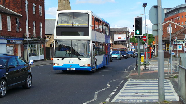 UK Coachways T806 RFG