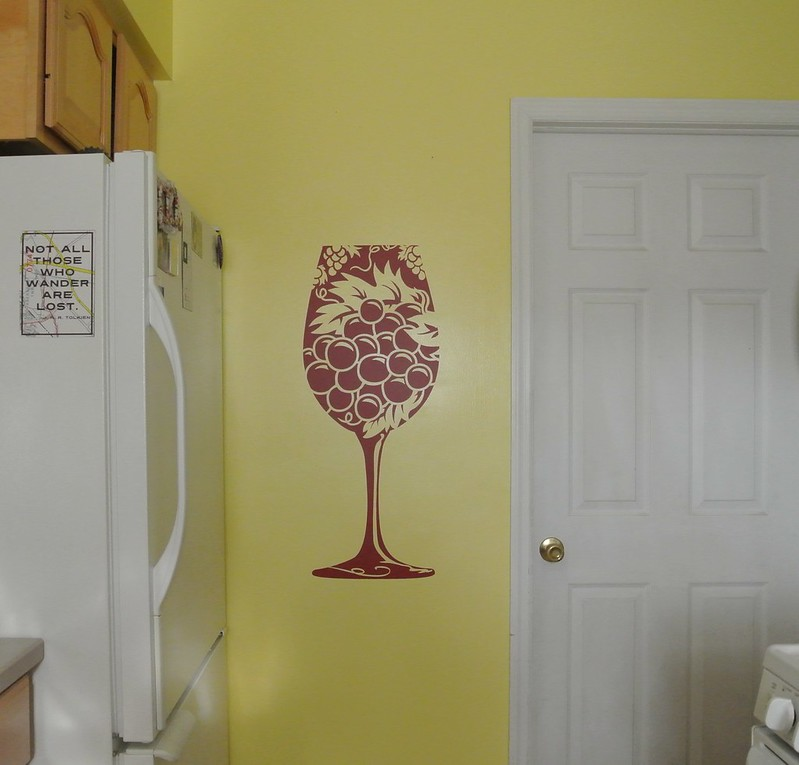 How to Apply a Vinyl Decal with CozyWallArt.com!