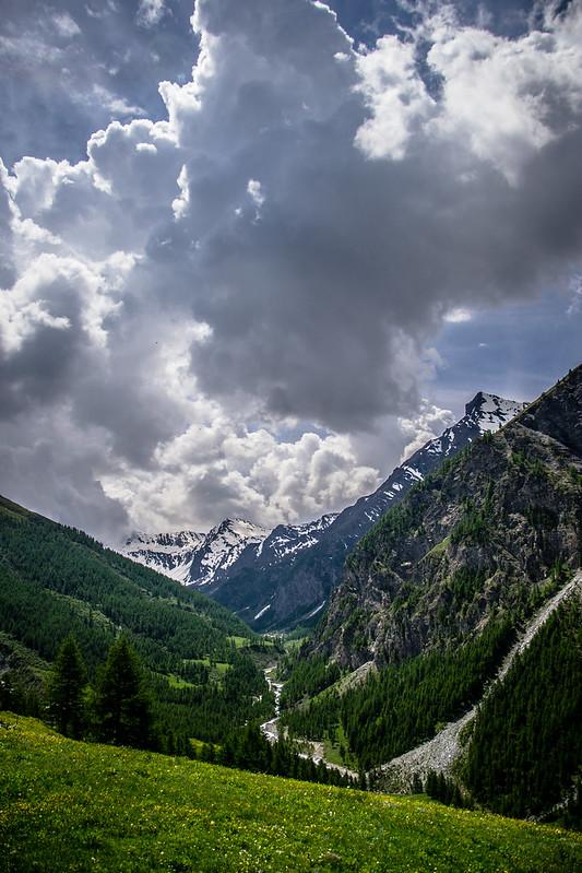 panorama val troncea dall'alto, colori e natura
