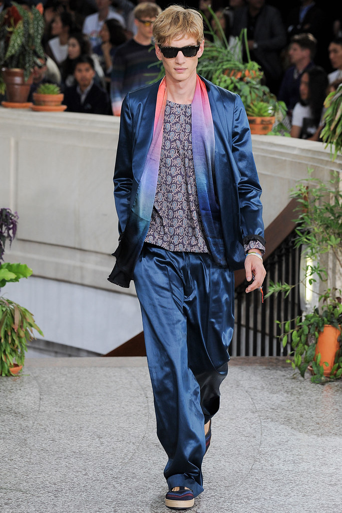 Paul Boche3627_SS15 Paris Paul Smith(VOGUE)