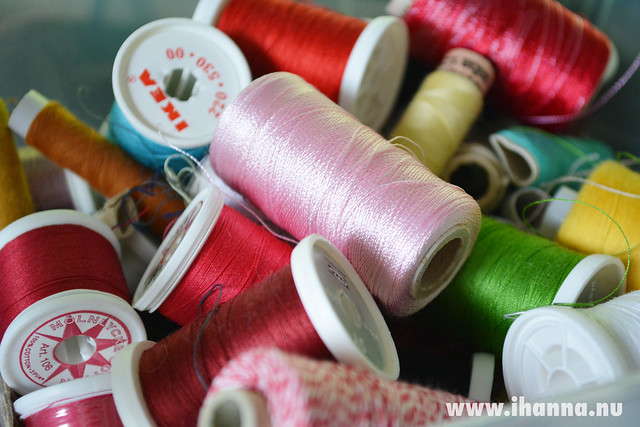 Fabulous Fabric Scraps -Sewing thread in a box - just grab one, photo by iHanna