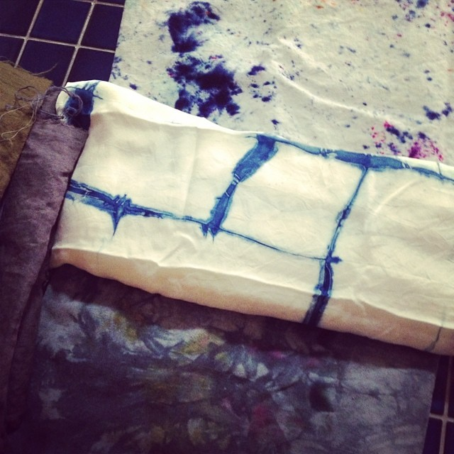 Solid dyed linens on the left. Sprinkled dye on the linen on top, shibori indigo silk and ice dyed silk noile. I've got some sewing to do! #fabricdyeing #surfacedesign #craftnerd #addictedtofabric