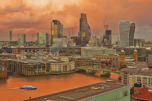 Rosso di sera.../ Red sky at night... (City of London from Tate Modern, London, United Kingdom)