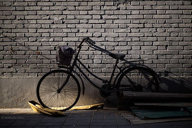 #lost #bicycle #streetphotography #leica #summicron #35mm