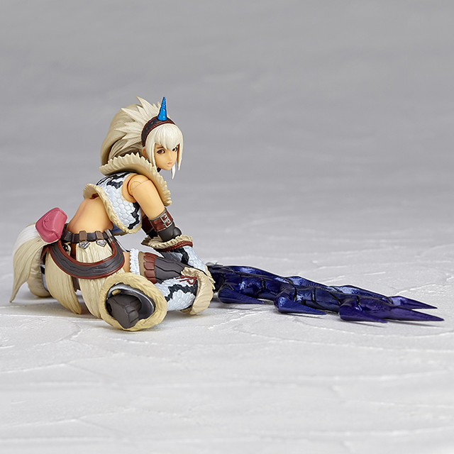 Vulcanlog  020/021《魔物獵人》麒麟/麒麟U套裝 女劍士  モンハンリボ ハンター女剣士 キリン/キリンUシリーズ