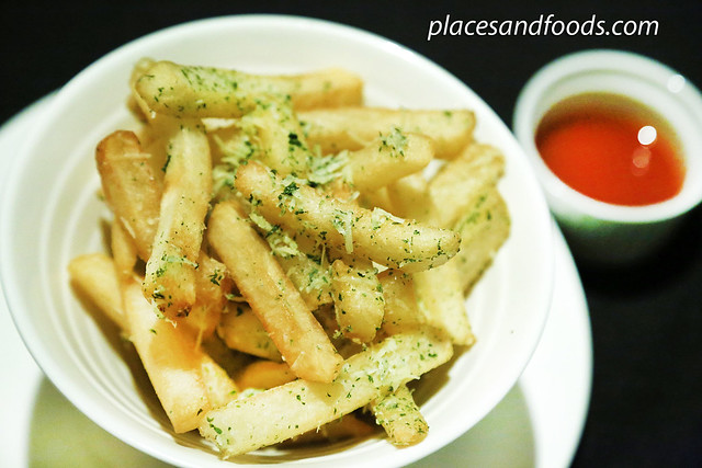 muugu kl fries with truffle oil