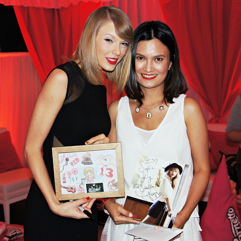 Daphne Osena-Paez with Taylor Swift_MCA MUSIC (Universal Music Philippines)