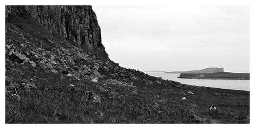 252 - skye - Staffin - an corran - dinosaur beach