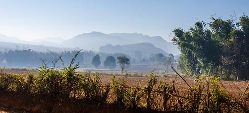 fog trekking landscape asia asien nebel dusk burma foggy myanmar inlelake landschaft birma kalaw morgendämmerung neblig nikond7000