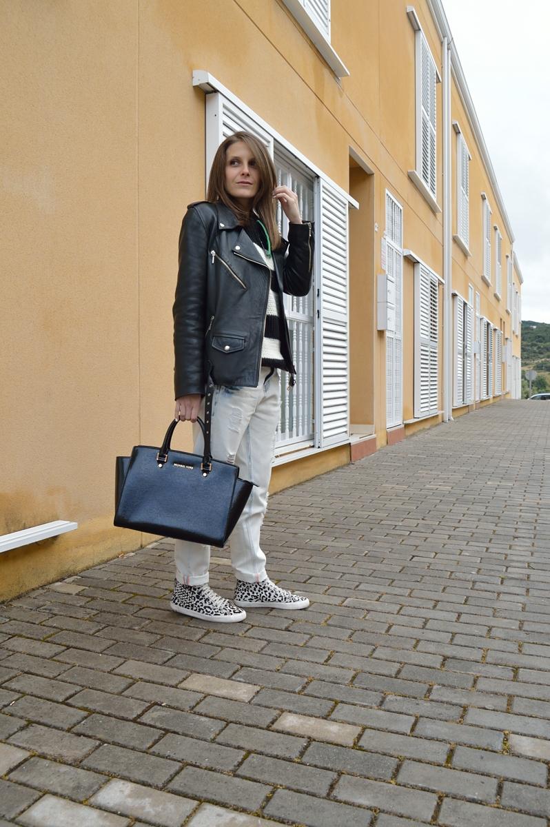 lara-vazquez-madlula-blog-black-white-comfy