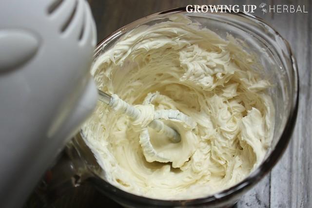 Calendula Cream Cheese Fruit Dip | GrowingUpHerbal.com | See how I use calendula in this delicious real food fruit dip!