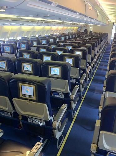 Joel Schlessinger MD shares hygiene tips for airplane passengers