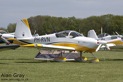 PH-RVN VAN'S RV-9A 91073 PRIVATE - Sywell - 20130601 - Alan Gray - IMG_9203