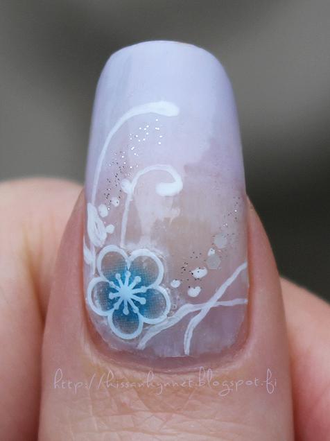 Sweet_gradient_manicure