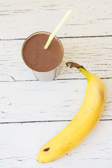 This Double Chocolate Banana Smoothie is the perfect breakfast, afternoon snack or dessert! It uses frozen bananas which you can store in the freezer for whenever you want a smoothie!