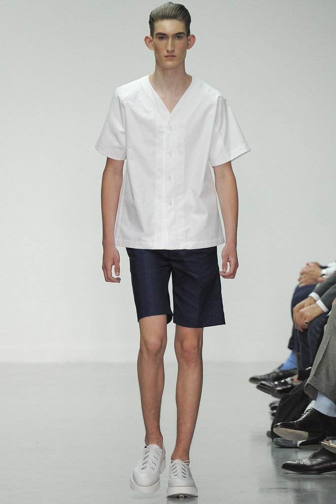 SS15 London Lou Dalton010_Denam Hendry(VOGUE)