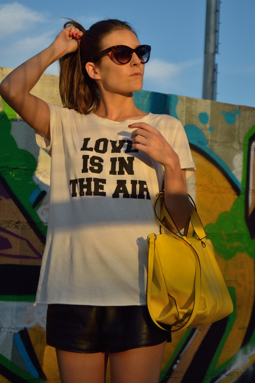 lara-vazquez-mad-lula-love-is-in-the-airyellow-bag