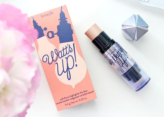 Benefit Watt's Up Review, Benefit Cream Highlighter, Benefit Watt's Up Highlighter Review 2.jpg
