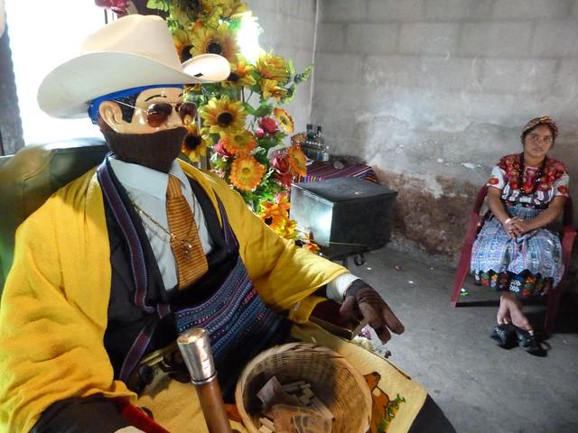 Maximón en Zunil (Quetzaltenango, Guatemala)