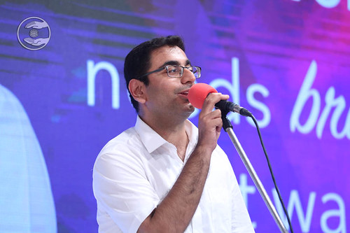 Sindhi devotional song by Manish from Australia