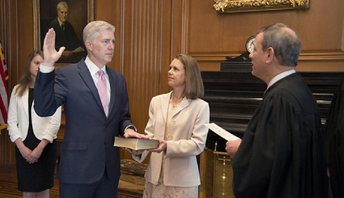 Gorsuch takes oath of office