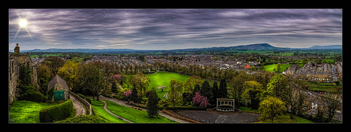 architecture britishculture building canon1100d canon1855mm clitheroe clitheroecastle clouds england hdr historical lancashire northwest photoborder ribblevalley street town skyline sky