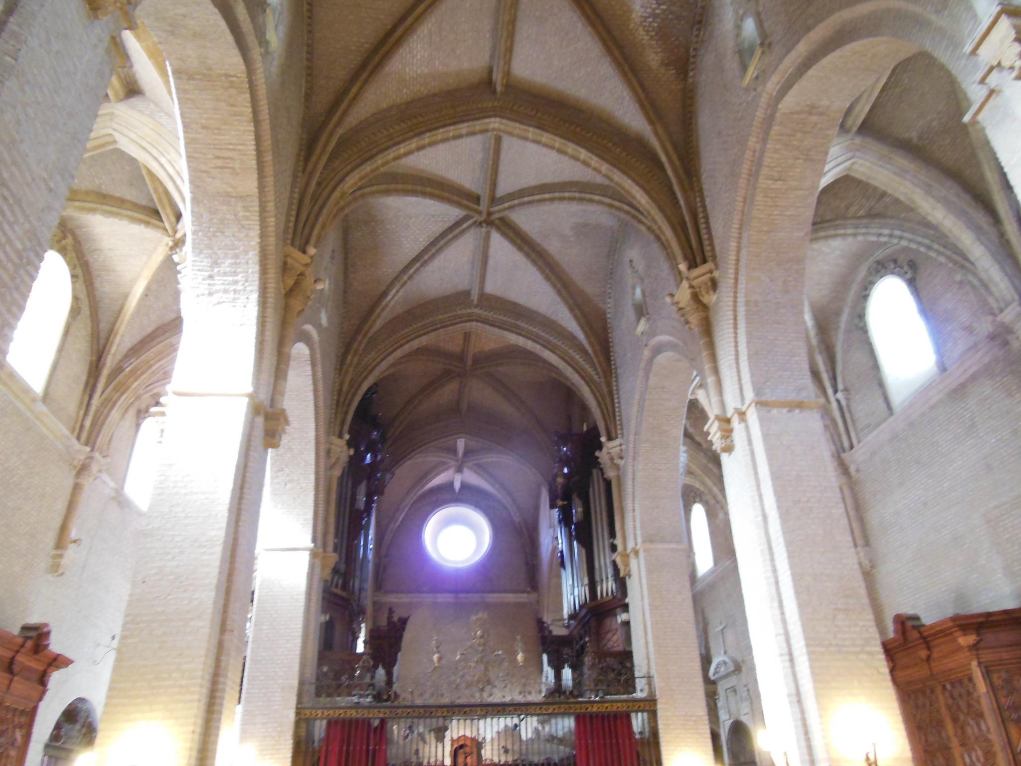 Resultado de imagen de Iglesia de Santa Ana interior sevilla