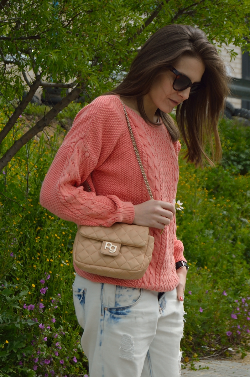 lara-vazquez-madlula-blog-fashion-trends-peach-coral-look