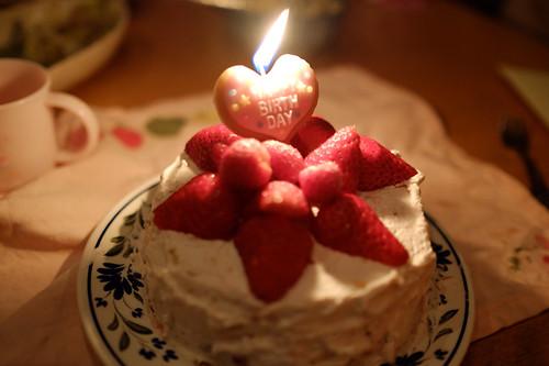 いちごの手作りバースデーケーキ