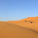 Surcando dunas en el desierto