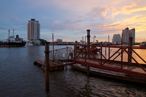 sunset sky clouds river thailand evening asia mood colours bangkok sony maritime southeast alpha dslr chao 77 chaophraya phraya