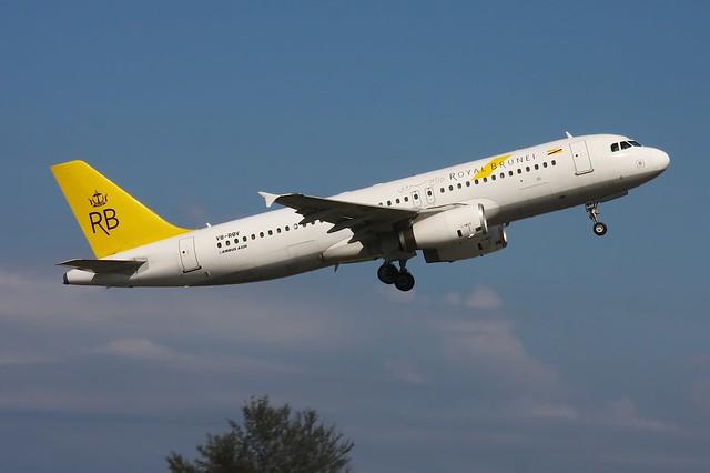 V8-RBV Airbus A320-232 Royal Brunei Kota Kinabalu 4.4.14