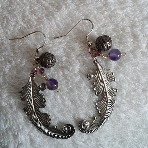 #mmmay14 Days 3 & 5: purply earrings