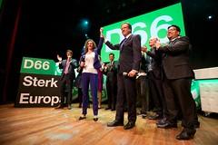Sophie in 't Veld en Alexander Pechtold bij de D66 uitslagenavond Europese verkiezingen 2014 in Nijmegen