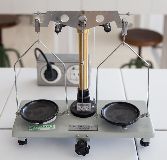 Laboratorio Física e química. IESMGB-3