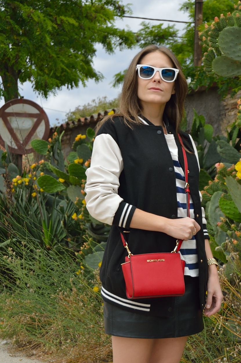 lara-vazquez-madlula-blog-style-fashion-streetstyle-pop-of-red