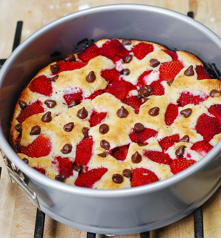 Strawberry chocolate chip cake