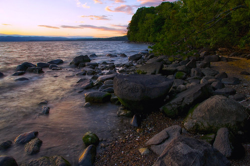 sunset newyork clouds river evening stones shoreline peaceful shore hudson riverbank