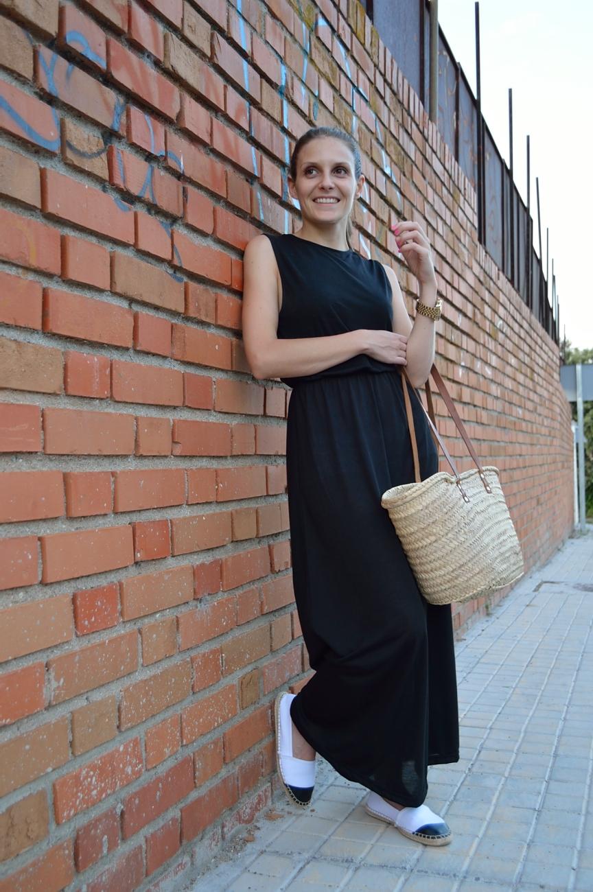 lara-vaquez-madlula-blog-style-fashion-dress-black