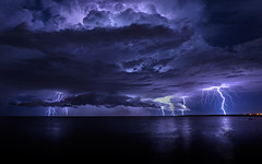 storm(1.0), thunder(1.0), thunderstorm(1.0), lightning(1.0), cloud(1.0), moonlight(1.0), darkness(1.0), night(1.0), sky(1.0),