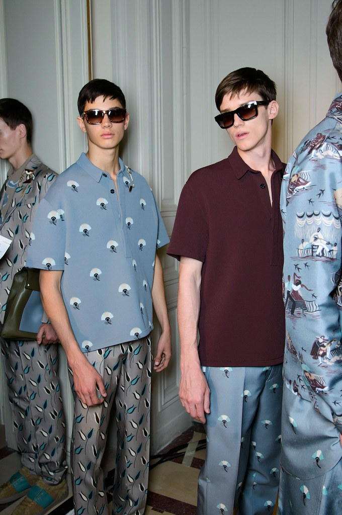 Yulian Antukh(Antuh)3071_1_SS15 Paris Valentino_Lucas Santon(fashionising.com)