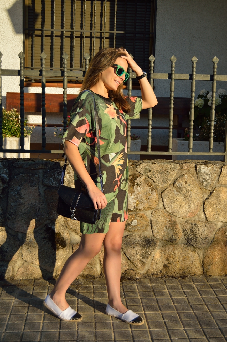 lara-vazquez-madlula-blog-style-look-streetstyle-summer-dress