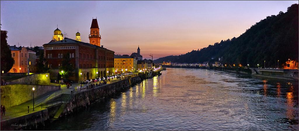 Letztes Abendrot über der Donau