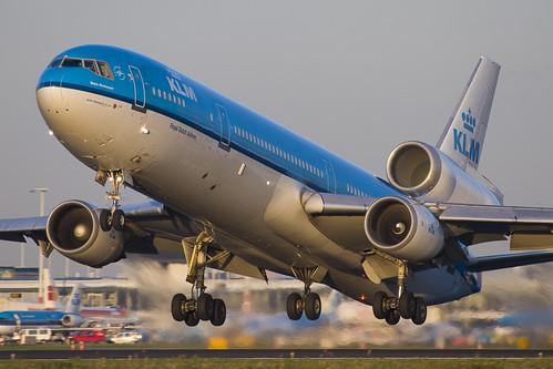 KLM MD-11 departure