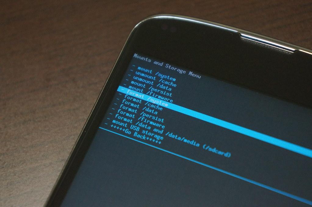 Nexus 4にAndroid L Developer Previewをインストールーシステムをフォーマットする