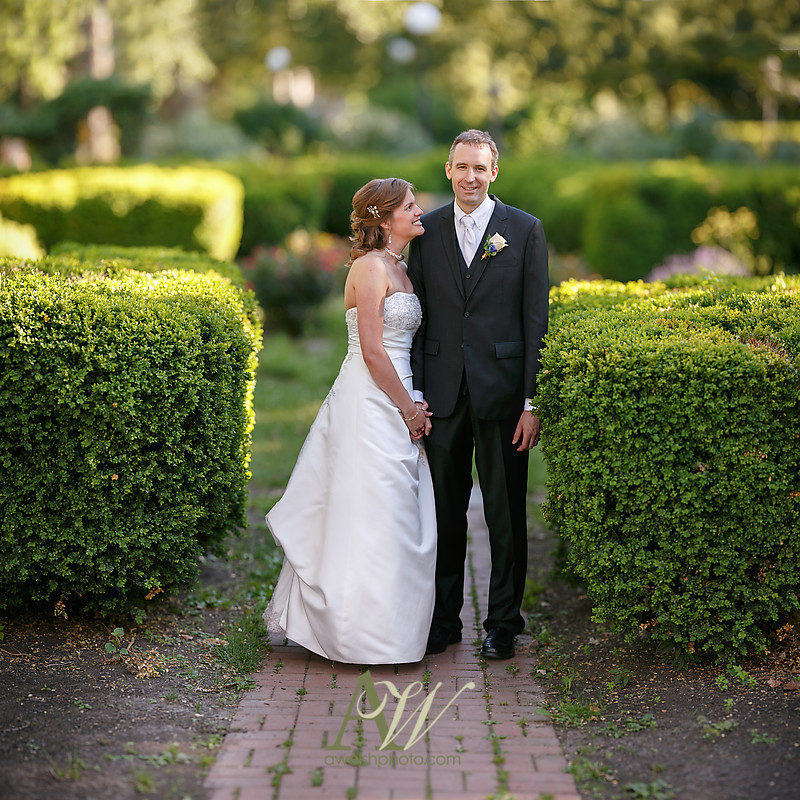 Rochester NY Wedding Photographer Andrew Welsh Eastman Park Outdoor Ceremony RMSC Reception